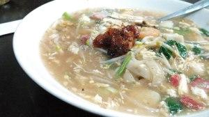 Kwetiau Siram Lengkap (Seafood + Babi) - Kwetiau Akang Kelapa Gading