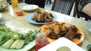 Ayam Goreng. Tahu Goreng, Rempelo Ati Goreng: Ayam Goreng Tojoyo 3 - Jogja